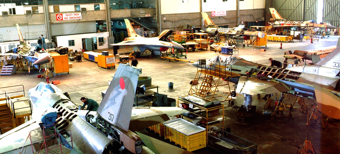 F-16-Hangar
