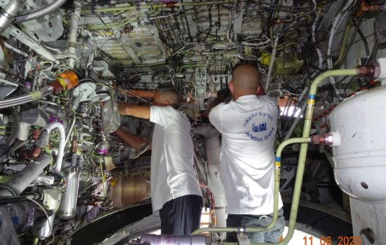 IAI Replaces the Pickle Fork Frame Fittings for B737-800 3